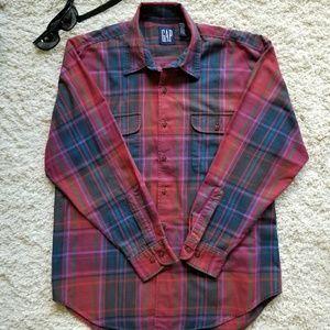 GAP Long Sleeve Plaid Button Down Shirt
